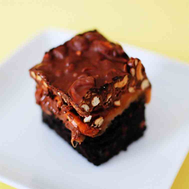 Sweet, Salty, Chewy, and Crunchy Brownies