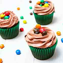 Chocolate M&M Crispy Cupcakes