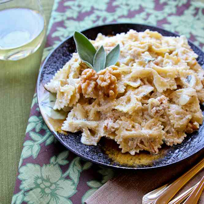 Caramelized Onion and Goat Cheese Farfalle