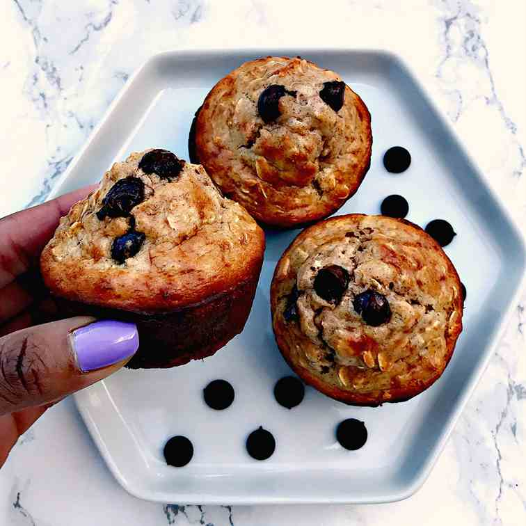 Almond Butter Oatmeal Protein Muffins