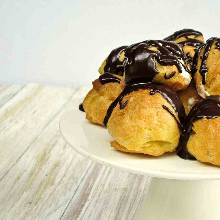 Profiteroles with Drizzled Chocolate