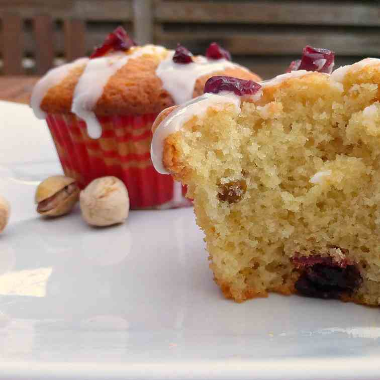 Cranberry and Pistachio Vanilla Muffins