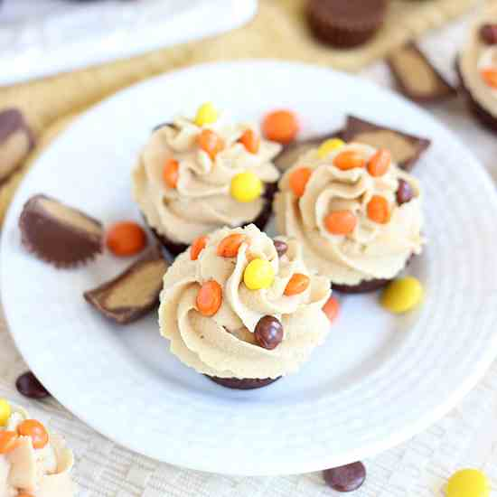 Peanut Butter Cup Brownie Cups