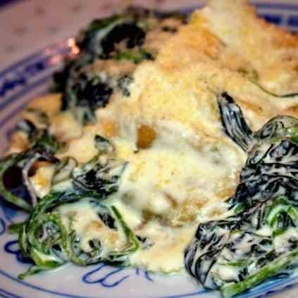 Ravioli with Spinach Sauuce
