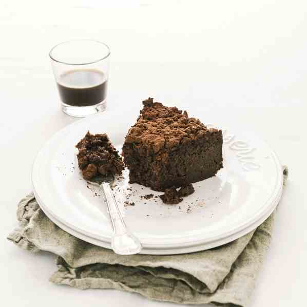 Chocolate and cocoa bread pudding cake
