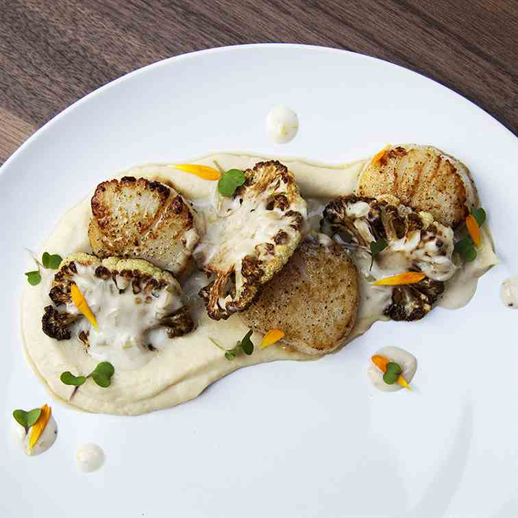 Scallops with Parmesan Cauliflower