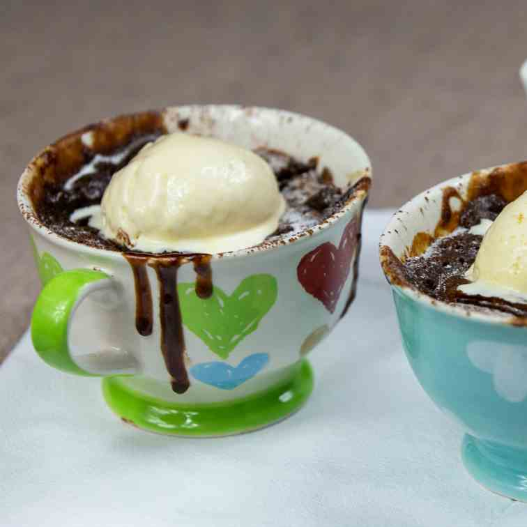 Chocolate Salted Caramel Lava Puddings