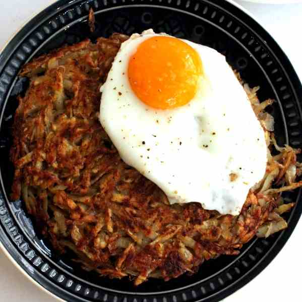 Roesti made with raw Potatoes