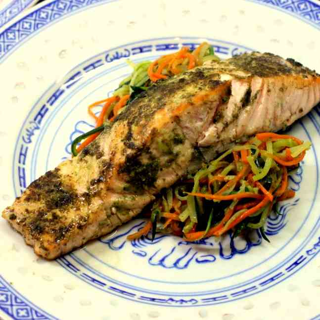 Vegetable Noodles with Salmon and Pesto