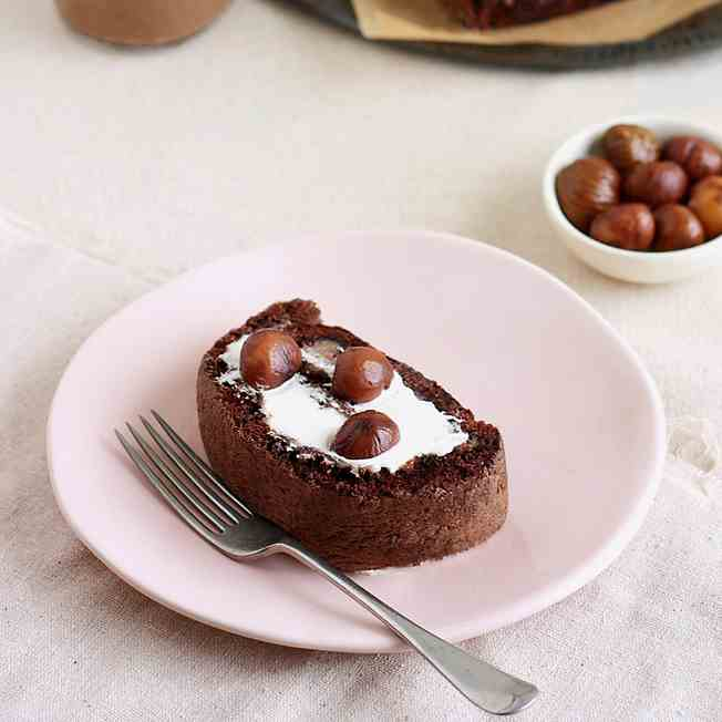 Chocolate Chestnut Cake Roll