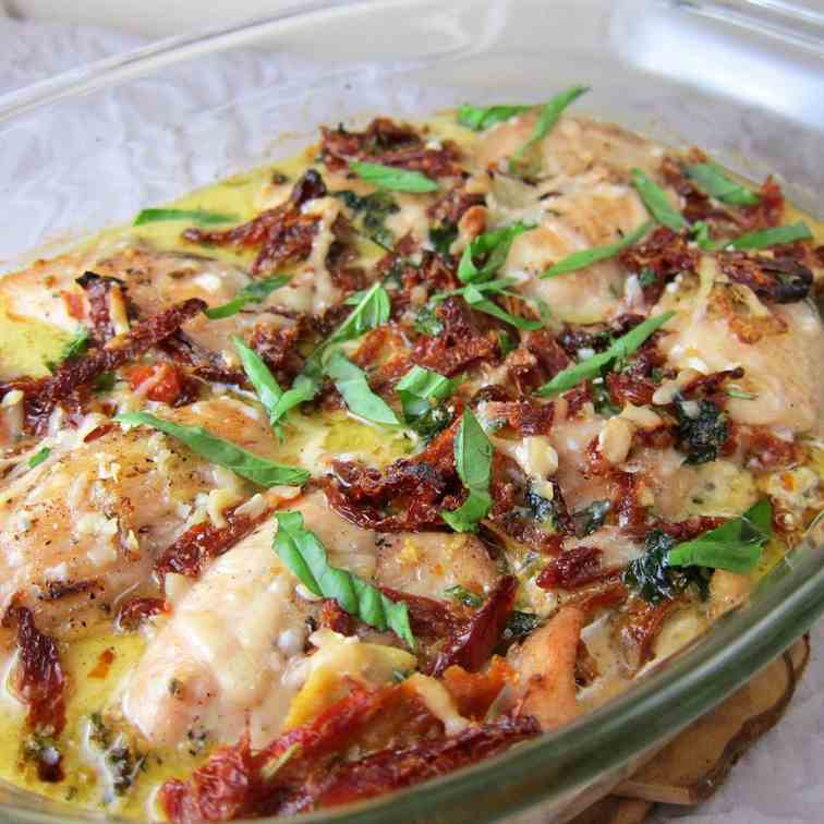 Chicken with Sun-dried Tomatoes in Creamy