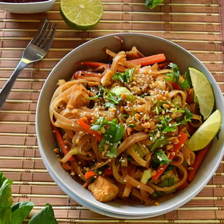 Easy Homemade Vegan Pad Thai Recipe