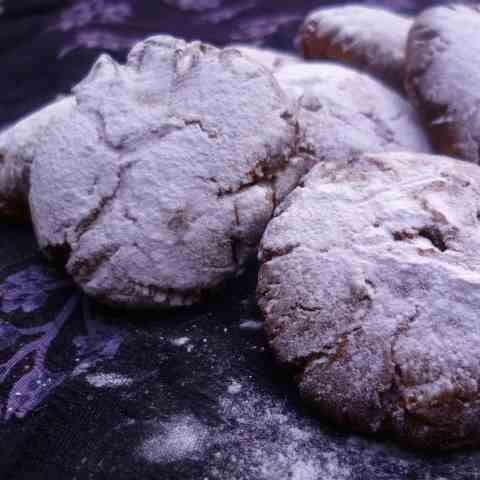 Kruidnoten (Dutch Christmas spice cookies)