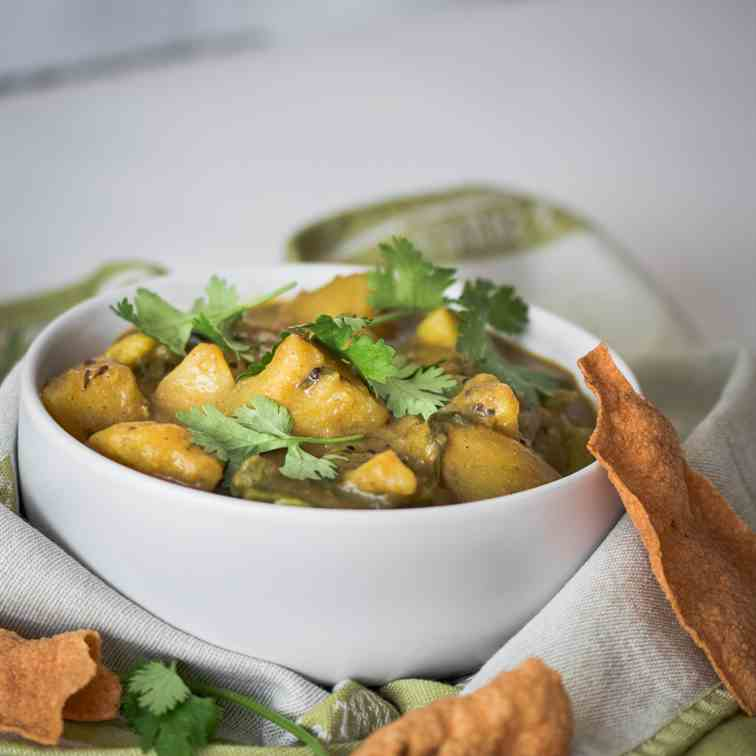 Easy Potato Curry with Green Beans