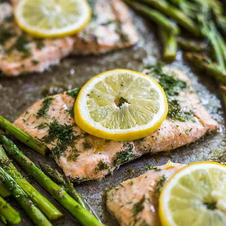 20 Minute Sheet Pan Lemon Dill Salmon