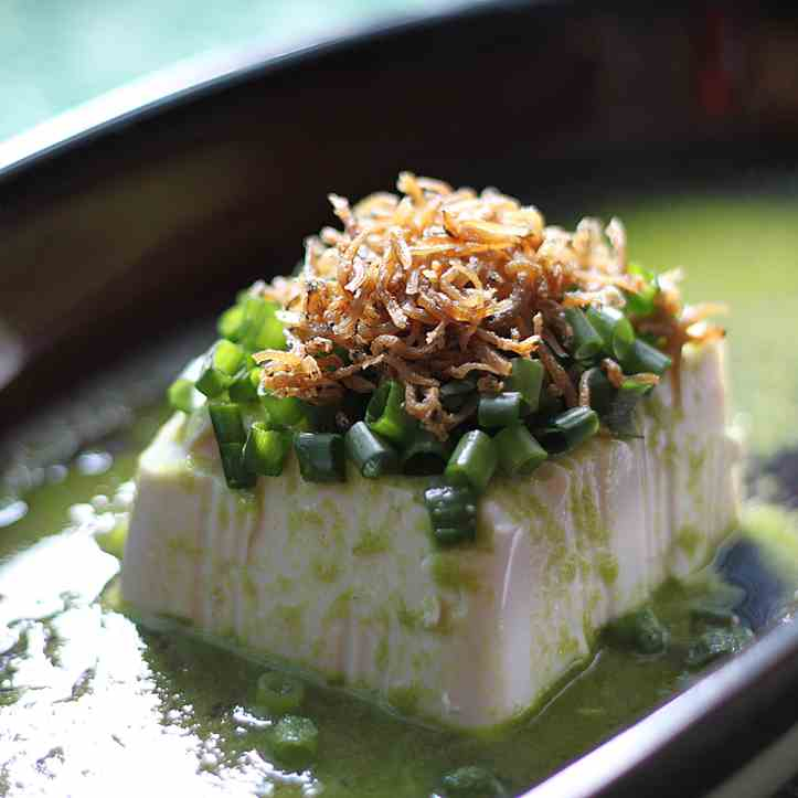 Silky tofu in scallion & ginger sauce