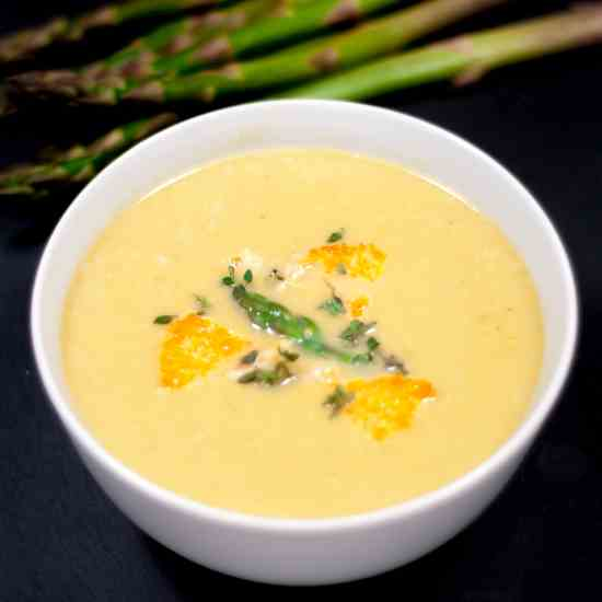 Asparagus Soup With Lemon - Parmesan