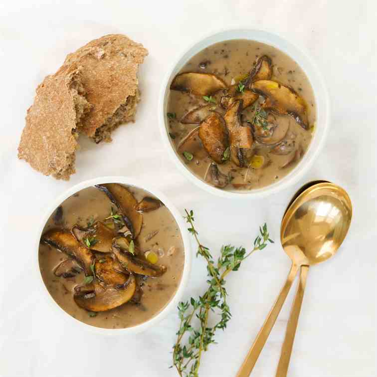 Healthy mushroom soup (no cream)