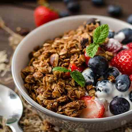 Granola with Fruits