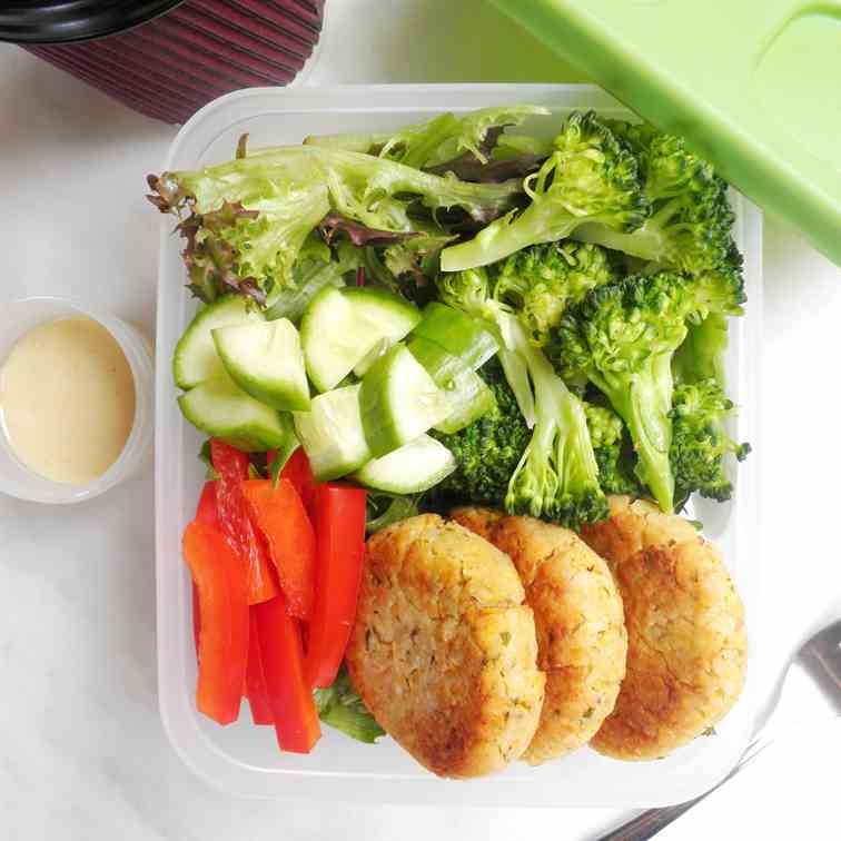 Falafel Lunchbox with Tahini Dressing