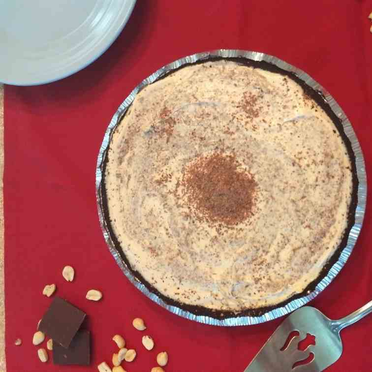 Easy Peanut Butter Icebox Pie