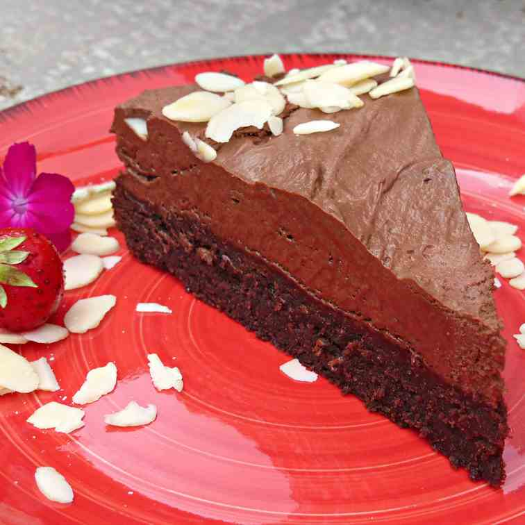 Brownie and Mousse Cake