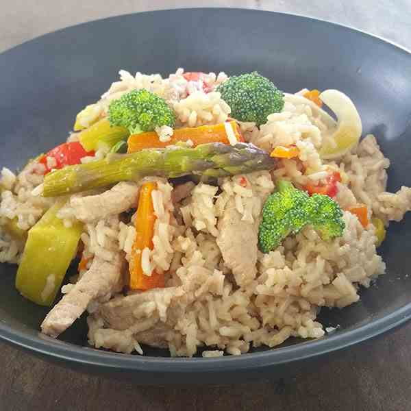 One pot aromatic pork with rice