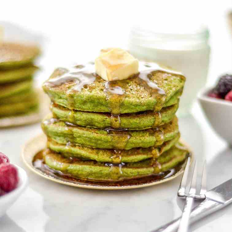 Gluten-Free Spinach Oatmeal Pancakes