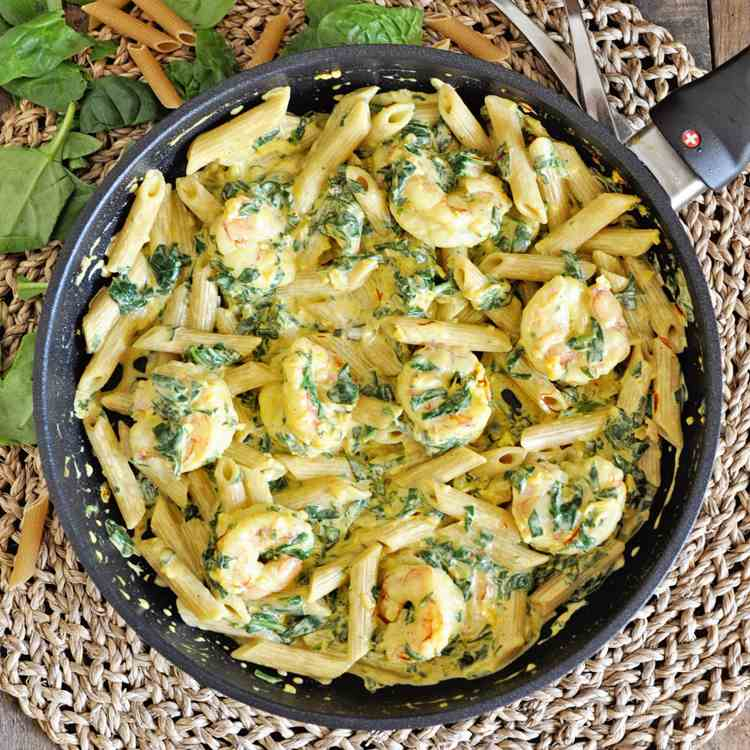 Creamy Saffron Pasta with Shrimp - Spinach