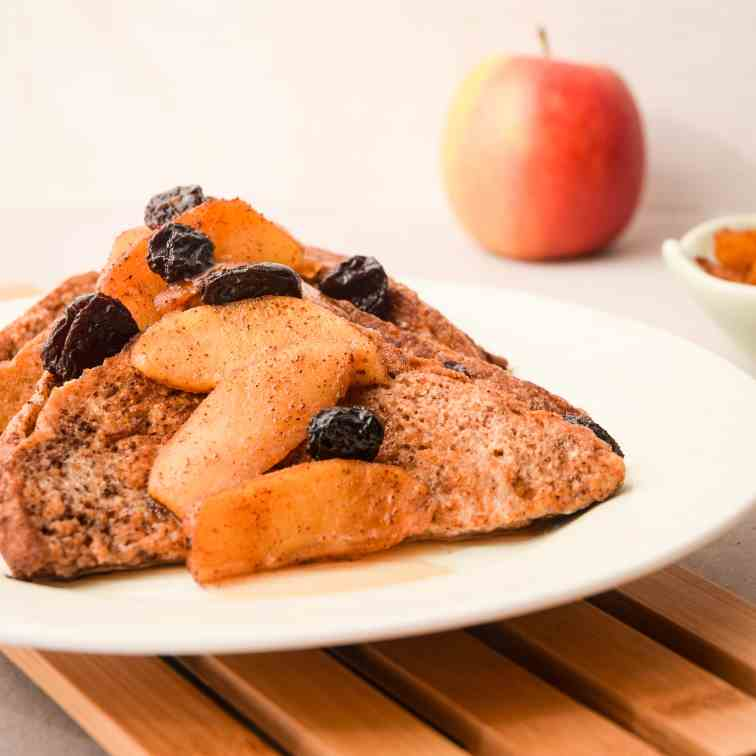 French Toast with Cinnamon Apple Garnish