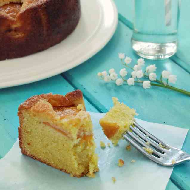 Peach and Almond Cake