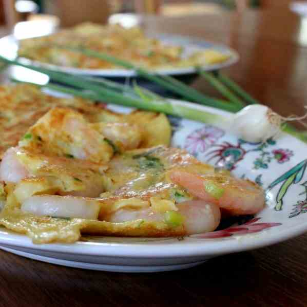 Omelette with Prawns and Spring-Onion