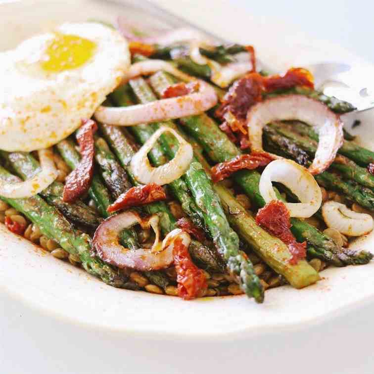 Easy Lentil Salad with Asparagus - Tomato