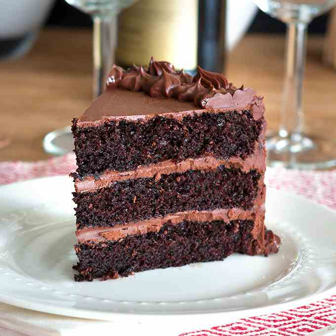 Chocolate Cake w- Chocolate Fudge Frosting