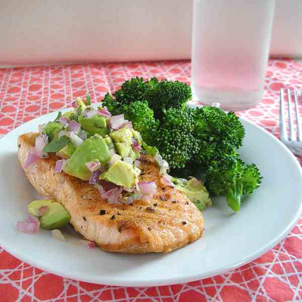 cayenne-rubbed salmon with avocado salsa