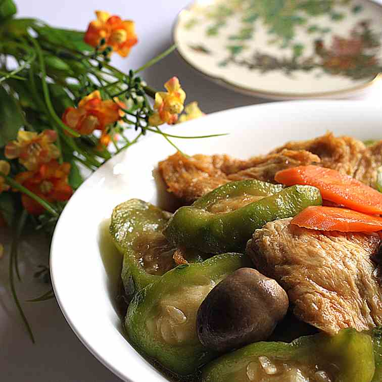 Braised ridged gourd with beancurd skin