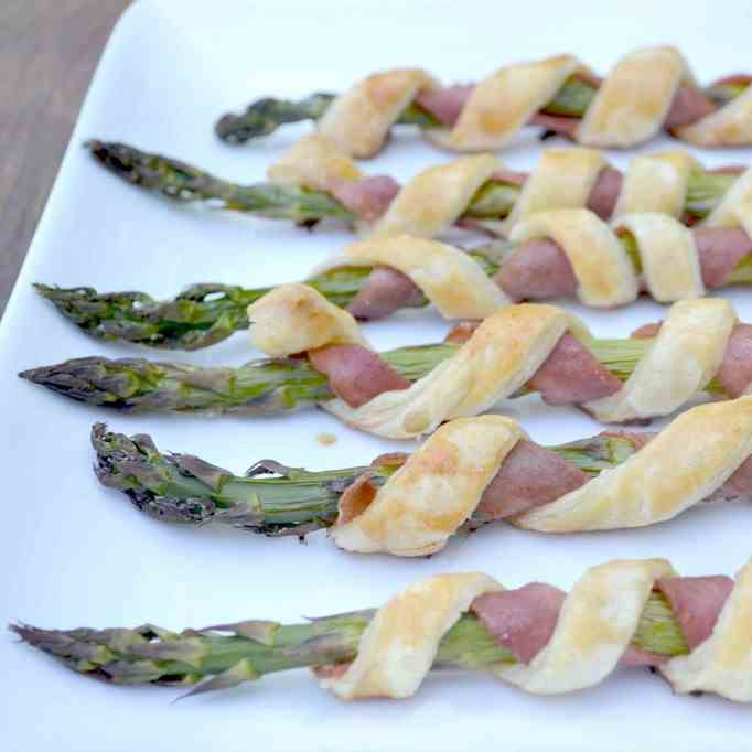 Bacon and Puff Pastry Wrapped Asparagus