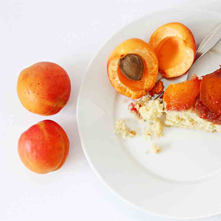Apricot Raspberry Upside Down Cake