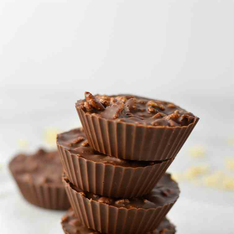 Crispy Chocolate and Peanut Butter Cups