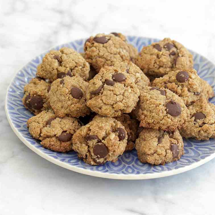 Lebkuchen Chocolate Chip Cookies