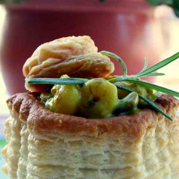 Vol-au-vent with Shrimp Curry