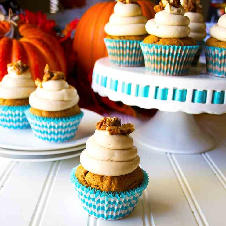 Pumpkin Cupcakes with Maple Cream Cheese F