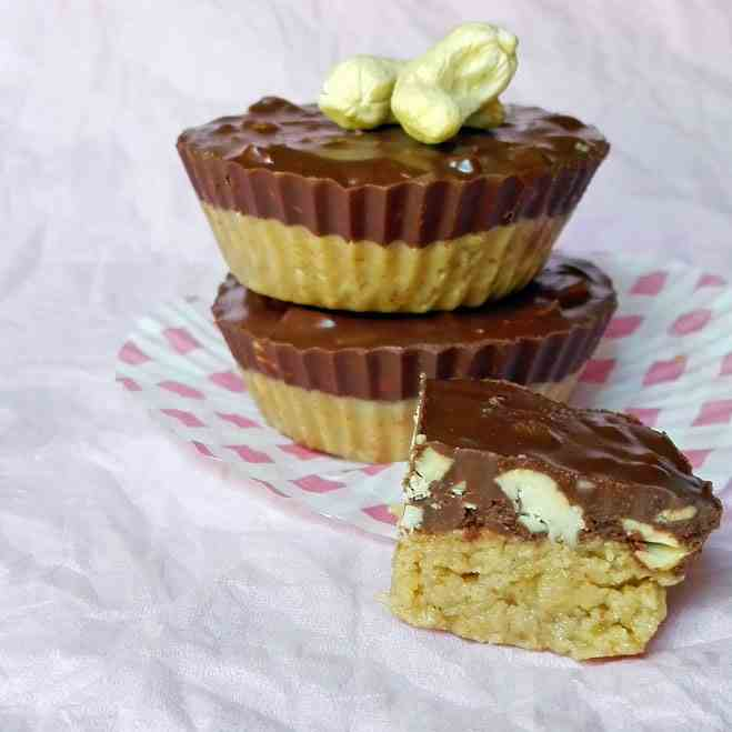 Delicious Vegan Cashew Butter Cups