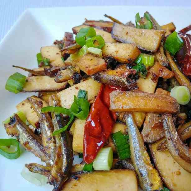 Spicy Tofu with Black Bean and Anchovies
