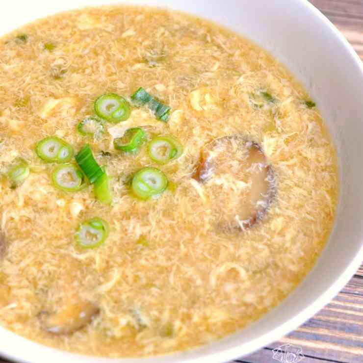Classic Egg Drop Soup for Cold Winter Days