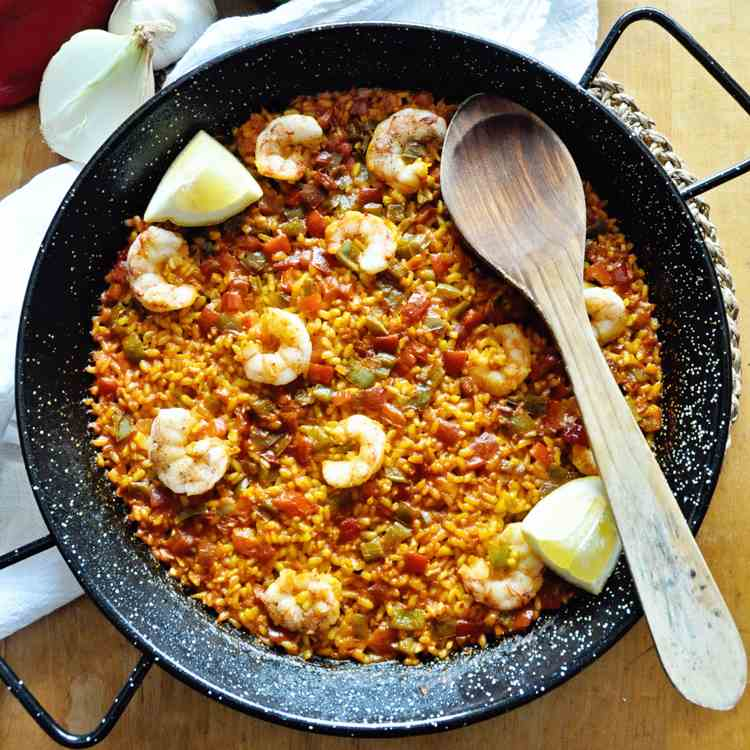 Simple SPANISH PAELLA with Shrimp