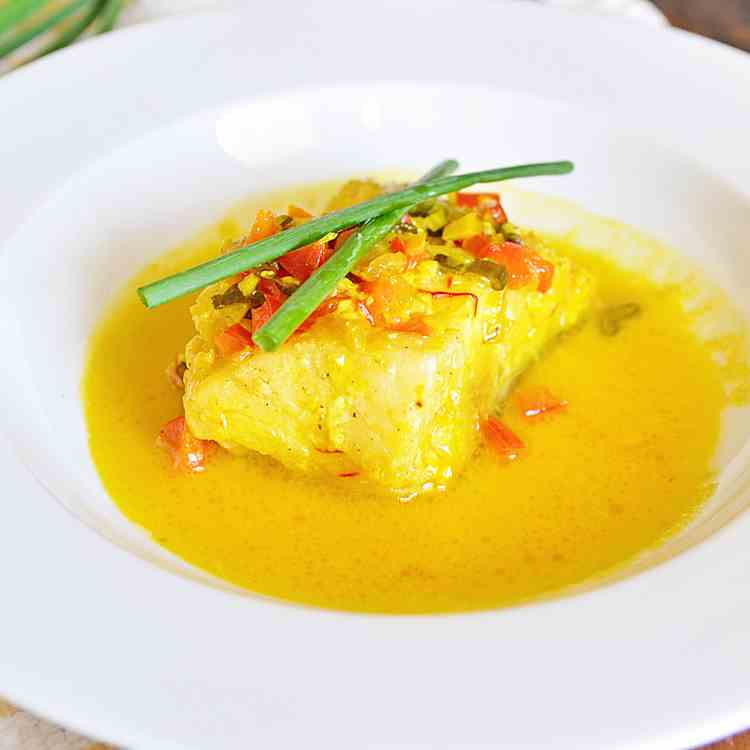 Spanish Cod with White Wine Saffron Sauce