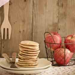 Caramelized apples pancakes