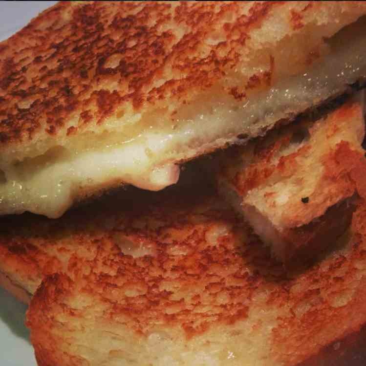 Brie And Cheddar Grilled Cheese