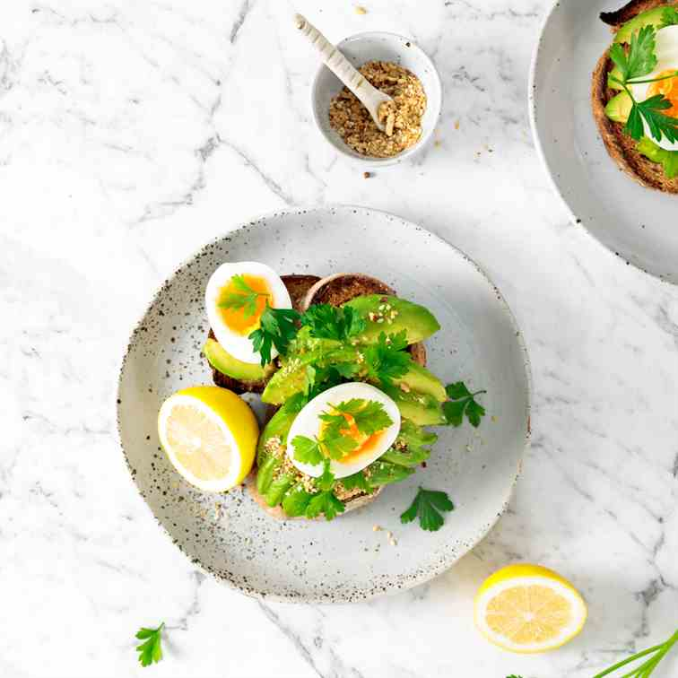 Smashed Avocado Toast with Almond Dukkah
